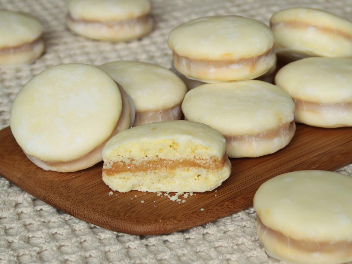"""Alfajor"" de amido de milho (""Alfajor"" Cookies)"