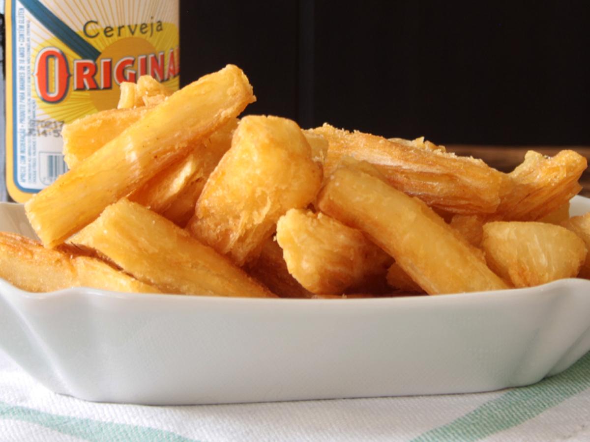 Mandioca frita (Fried Manioc)